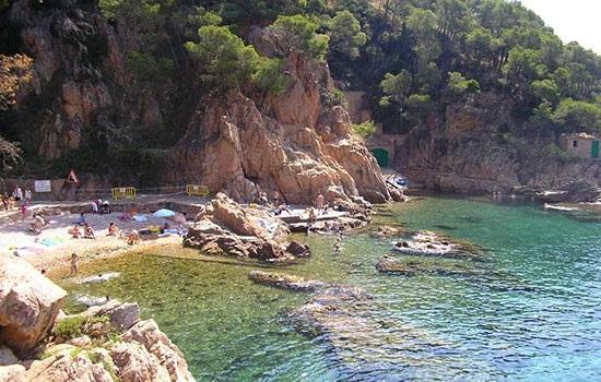 Голый туризм:   Хорватия решила не изменять себе и продолжает ориентироваться на  «голых туристов»