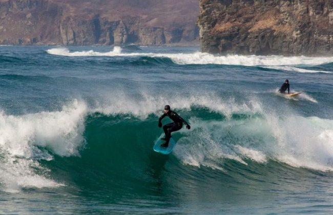 Владивостокские сёрферы начали борьбу за приморские волны