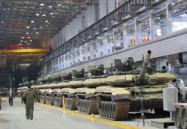 Сначала посадят в танки випов, а потом и всех туристов: в Нижнем Тагиле презентуют новый маршрут «Воентур»