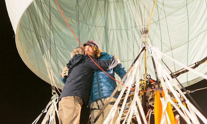 Конюхов с рекордом завершил кругосветку на воздушном шаре