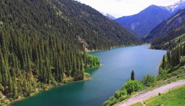 Кыргызстан в поисках запоминающегося слогана
